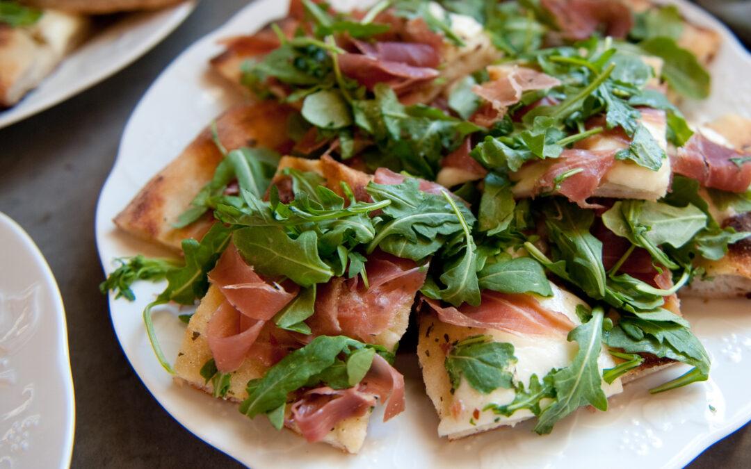Arugula and Prosciutto Flatbread Pizza